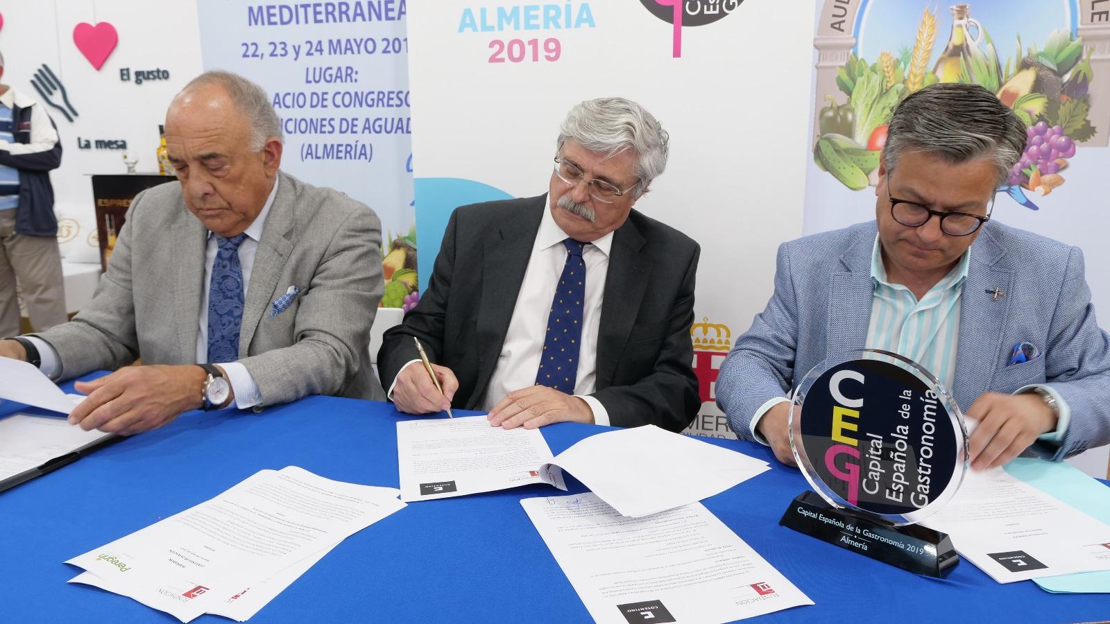 Aula de la Dieta Mediterránea y Grupo Cosentino, unidos en beneficio de la salud