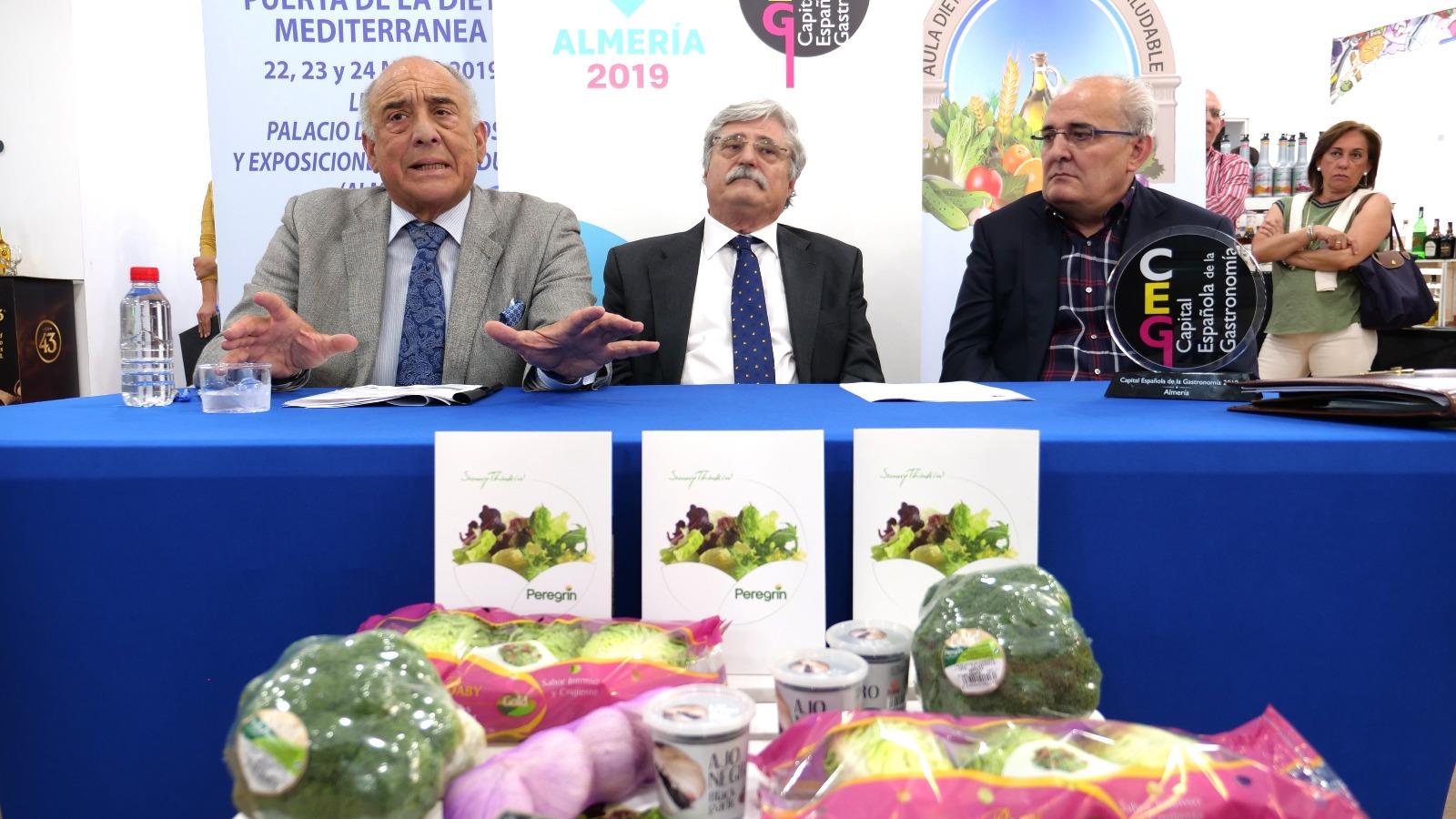Aula de la Dieta Mediterránea y Peregrín unen sus fuerzas por la buena alimentación